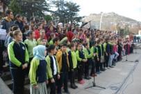 ÖĞRETMENLER GÜNÜ - Tokat'ta Öğretmenlere 300 Öğrenciden Oluşan Koro Sürprizi