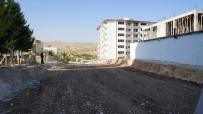 YAZ MEVSİMİ - Adıyaman Belediyesi Asfalt Çalışmalarına Devam Ediyor