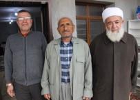 HIRSIZ - Camiye Giren Hırsızlar Hoparlörü Çaldı