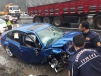 KAHRAMANMARAŞ SÜTÇÜ İMAM ÜNIVERSITESI - Kahramanmaraş'ta Zincirleme Kaza Açıklaması 1 Ölü,3 Yaralı