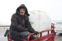 MEHMET YÜKSEL - Kar Kış Ekmek Parasına Engel Olmadı