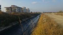 DERE YATAĞI - Karaali Mahallesinde 5 Kilometrelik Dere Temizlik Çalışması