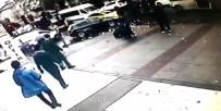 DAYAK - Kavga Sırasında Binlerce Lira Yola Savruldu