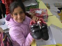 ORGANİZE SANAYİ BÖLGESİ - Kocagürlü Öğrencilere Kışlık Ayakkabı Dağıtıldı