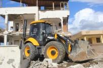 İÇIŞLERI BAKANLıĞı - Samandağ'da Metruk Bina Yıkıldı