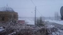 DEMIRLI - Şiddetli Kar 23 Köy Yolunu Ulaşıma Kapattı