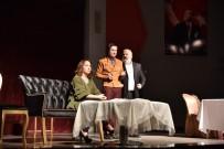 GENEL SANAT YÖNETMENİ - 'Vay Sen Misin Ben Olan' Seyirciyi Güldürdü