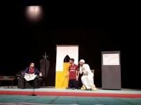 İSMAIL ÖZDEMIR - VEDAŞ Ekiplerinden Tiyatro Gösterisi