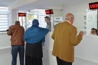 HAFTA SONU - Yunusemre'de Emlak Vergileri Ödenmeye Başlandı