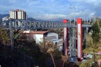 8 Yılda Mahalleleri Asansör Ve Yaya Köprüleri İle Birleştirdi