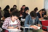 İSPANYOLCA - Beyoğlu'nda Gençlere Ücretsiz Yabancı Dil Eğitimi