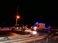 DİREKSİYON - Bitlis'te Trafik Kazası Açıklaması 2 Yaralı