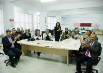 LOKMAN HEKIM - İşaret Dili Öğrenen Öğretmenler Klip Çekti