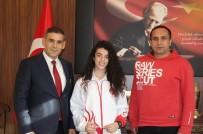 BOSNA HERSEK - Mili Eğitim Müdürü Aşım, Başarılı Tekvandocuyu Kutladı