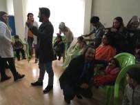 MESLEKİ EĞİTİM - Van'daki Özel Öğrencilere El Ve Saç Bakımı