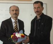 SıNıF ÖĞRETMENLIĞI - 40 Yılık Öğretmen Böbreğini Çocuğuna, 'Kalbini' Öğrencilere Bağışladı
