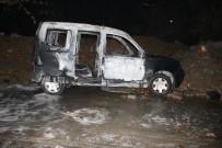 İLKBAHAR - Ataşehir'de Park Halindeki Araç Yandı