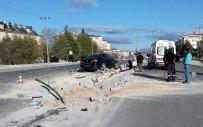 Burdur İl Genel Meclisi Başkanı İle Meclis Üyesi Kaza Yaptı