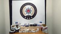 İL EMNİYET MÜDÜRLÜĞÜ - Denizli'de Kaçak Sigara Operasyonu Açıklaması 13 Gözaltı