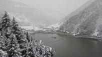 Doğu Karadeniz'den Kartpostallık Kar Manzaraları