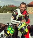 SIVAS CUMHURIYET ÜNIVERSITESI - Motosiklet Kazasında Ağır Yaralanan Ferhat Hayatını Kaybetti.