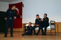 POLİS TEŞKİLATI - POMEM Öğrencileri Tiyatroda Hünerlerini Sergiledi