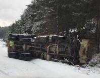 DİREKSİYON - Sarıkamış'ta Trafik Kazası Açıklaması 1 Yaralı