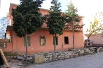 YIKIM ÇALIŞMALARI - Seydişehir'de Kütüphane Yıkımı Başladı