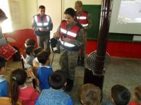 TRAFİK EĞİTİMİ - Tokat'ta Köy Okulu Öğrencilerine Trafik Eğitimi