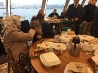 ÜSKÜDAR BELEDİYESİ - Üsküdar Belediyesi'nden Emekli Öğretmenlere Boğaz Turu