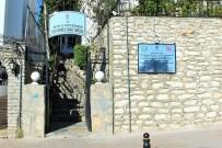ÇALIŞMA ODASI - Zeki Müren Müzesi Yenileniyor