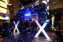 20 DAKİKA - 7 Bin Liralık İphone X İçin Gece Yarısı Kuyruk Oluştu