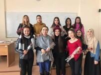 ARÜ'lü Öğrenciler Öğretmenler Gününü Kutladı