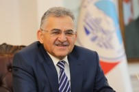 KAYSERİ ŞEKERSPOR - Başkan Büyükkılıç Dünya Şampiyonu Güreşçiyi Tebrik Etti