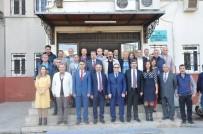 MESLEKİ EĞİTİM - Başkan Dinçer'den Emekli Olan Öğretmenlere Plaket