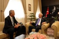 ATATÜRK BÜSTÜ - Başkan Tarhan, Kılıçdaroğlu'nu Mersin'e Davet Etti