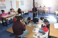 İMAM HATİP ORTAOKULU - Bu Okula Ayakkabı İle Girmek Yasak