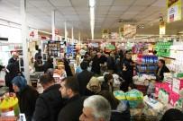 ALıŞVERIŞ - Bursa'da Alışveriş Çılgınlığı