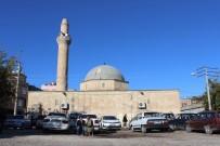 İSMET İNÖNÜ - Cezaevine Dönüştürülmüştü Açıklaması Türklerin İlk Mescidi, 45 Yıldır Cami Olarak Hizmet Veriyor