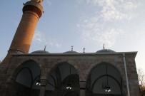KUBBE - Doğu Karadeniz'de Selçuklu Mimarisi İle Yapılan En Eski Cami Olan Behramşah Camisi İbadete Açıldı