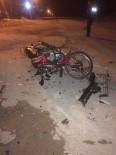 Emet'te Trafik Kazası Açıklaması 2 Yaralı
