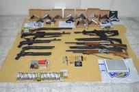 UYUŞTURUCU MADDE - Merzifon'da Suç Örgütü Operasyonu Açıklaması 32 Gözaltı