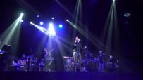 MUSTAFA CECELİ - Mustafa Ceceli Moskova'da Konser Verdi