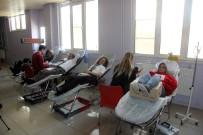Öğretmenler Kan Bağışında Bulundu