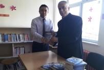KİTAP OKUMA - Okulda 'Dağ Köylü Fatma Çavuş'u İmzaladı