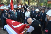 MAHMUT DEMIRTAŞ - Şehit Polis Son Yolculuğuna Uğurlandı