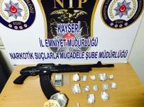 BONZAI - Uyuşturucu Operasyonunda Gözaltına Alınan 3 Kişi Otomatik Tüfek İle Yakalandı