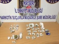 UYUŞTURUCU MADDE - Uyuşturucu Tacirlerine Operasyon Açıklaması 4 Gözaltı