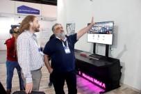 BILIŞIM FUARı - Ahmet Özal Açıklaması 'Çocuklara Bilgisayar Dağıtımı Muhteşem Bir Şey'