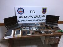 AVSALLAR - Alanya'da 22 Cep Telefonu Çalan 3 Şüpheli Yakalandı